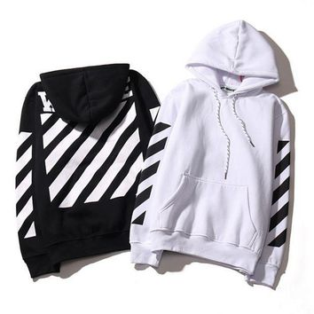 ONETOW Fashion off White Striped Hoodies Sweatshirt Pullover In Black & White