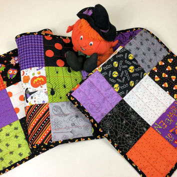 Cute Halloween Charms Quilted Table Runner in Black, Purple, Green, Orange - Bats, Owls, Spiders! Quiltsy Handmade Fall Quilt