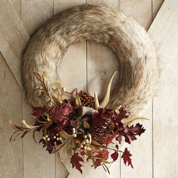 Faux Fur Antler Wreath - 22""