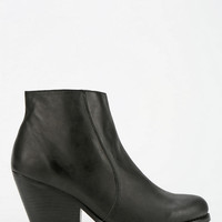 Jeffrey Campbell Andrews Ankle Boot - Urban Outfitters