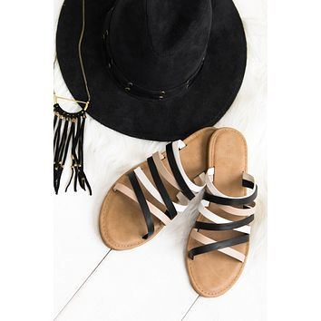 Play Outside Strappy Sandals (Black)
