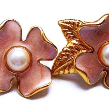"Crown Trifari Dog Wood Earrings Pink Enamel Pearl Bead Pierced Ears Gold Metal 1 1/4"" Vintage 1950s-60s"