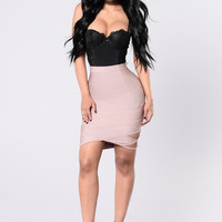 Cab's Outside Skirt - Mauve