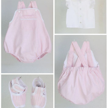 Baby girl Outfit - Light pink cotton bubble romper, white shirt and baby booties - 3-pieces set