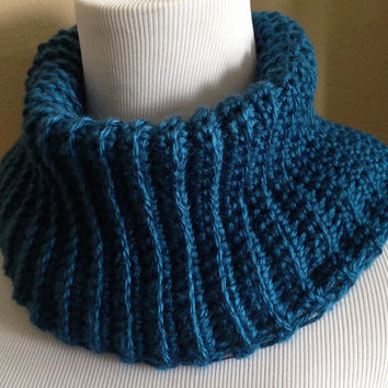 Crochet Neck-warmer / Cowl - Chunky Ribbed Stitch - Sapphire Blue - Ready to Ship - Neckwarmer Scarf - Warm Winter Wear - Unisex Cowl