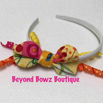 Bright flowery! New product in my shop! Headband Bowz! Fabric bows with ribbon. On a rigid type headband. Korker ribbons in bright colors!