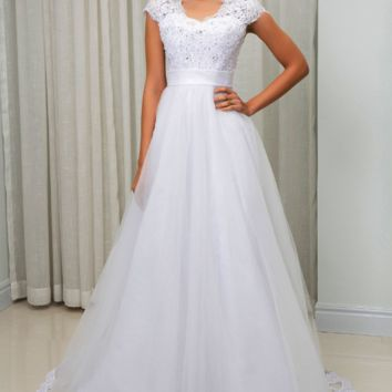 Short Sleeve V Neck A line Wedding Dress Beading Lace Appliques White Custom Made Bridal Wedding Gowns