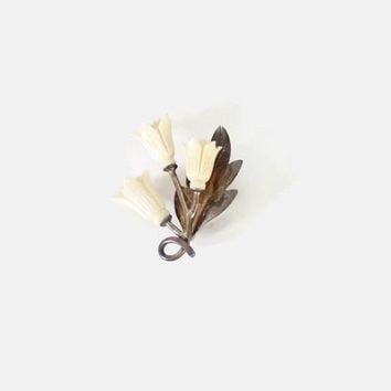 Vintage 40s Floral BROOCH / 1940s Sterling Silver Carved Bone Ivory Flower Pin
