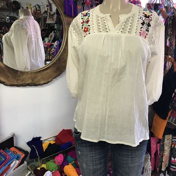 Española Blouse Beige with Floral Embroidery