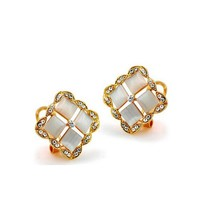 Gentle Shiny Square Swarovski Crystal Earrings