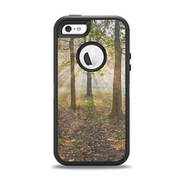 The Vivia Colored Sunny Forrest Apple iPhone 5-5s Otterbox Defender Case Skin Set