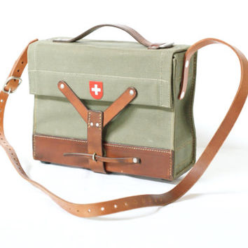 SWISS ARMY Ammunition Bag from 1966 with Shoulder Strap, Military Satchel, Ammo Bag, Messenger Crossover Bag, Switzerland, Swiss Cross