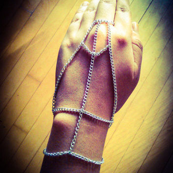 Silver Chain Skeleton Inspired Hand Harness/ Slave Bracelet, Hippie Slave Bracelet, Hispter Slave Bracelet