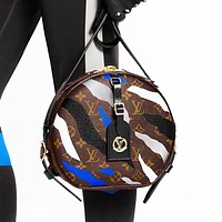 Louis Vuitton LV Women Leather Circular Shopping Shoulder Bag Crossbody Satchel