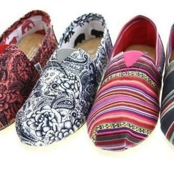 VOND4H TOMS Women Fashion 'folk-custom' FLAT SHOES CLASSICS FLAT TOMS SHOES