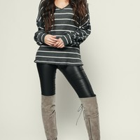Candid Striped Top (Charcoal/Ivory)