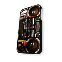 BOOMBOX Ghetto Blaster (2) iPhone 4/4S Case