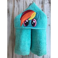 My Little Pony Rainbow Dash hooded towel
