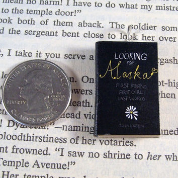 Miniature Classic Novels Book Necklace Charm Looking for Alaska by John Green