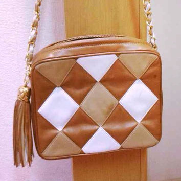Vintage CHANEL rare brown, beige and white diamond patchwork stitch camera style shoulder bag with golden chain strap. Masterpiece purse