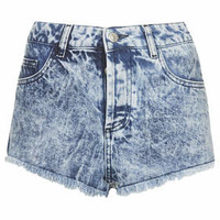 PETITE MOTO Brooke Acid Wash Denim Hotpants - Indigo