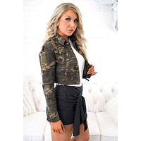 Can You See Me Distressed Camo Jacket (Camo/Olive)