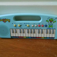Vintage Muppet Babies Casio Toy Keyboard, Child's Electric Piano in Light Blue Featuring Kermit the Frog