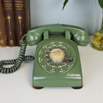Vintage Rotary Phone Avocado Green, NYC 212 Vintage Phone, Desktop Rotary Phone, Vintage Western Electric Bell Systems Phone, Office Decor