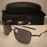 Clearance Oakley Tailhook Satin Black w Grey Lens (oo4087-01)