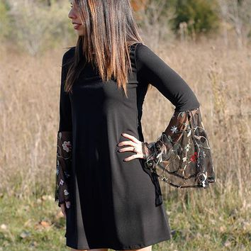 Bell Sleeve embroidered Sleeve dress - black