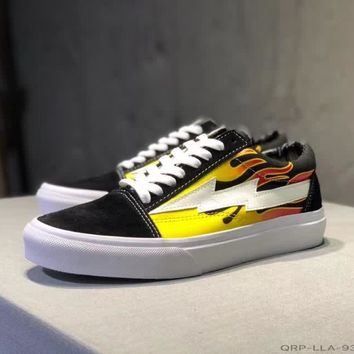"""Vans Revenge x Storm"" Unisex Casual Fashion Personality Flame Lightning Skateboard Plate Shoes Couple Sneakers"