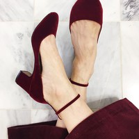 Women's Velvet Quarter Strap Pumps - Who What Wear™