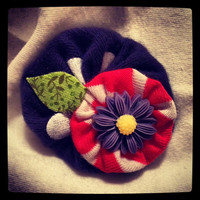 NEW upcycled cotton yoyos with resin flower hair by KaitsHairWear