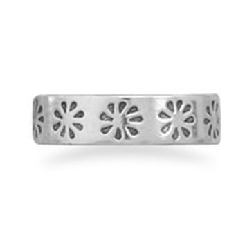 Cut Out Flower Toe Ring