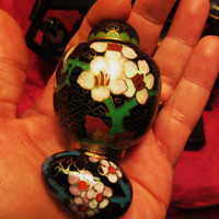 """Amazing Vintage Cloisonne  Miniature Black Set of 2  Jar W Lid 2 1/2 """" And Egg  Free Shipping in USA SALE"""