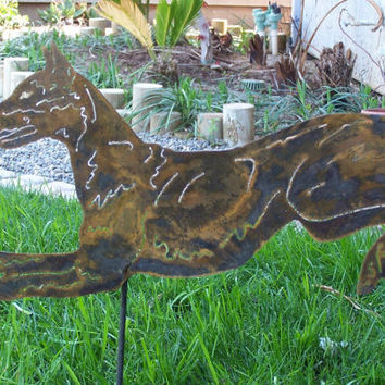 Doberman Pinscher steel garden art dog sculpture / memorial stake Dobie cropped ear