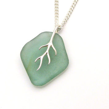 Pale Julep Sea Glass And Silver Tendril Pendant Necklace JONI