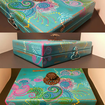 Treasure box, Hand painted Mehndi Henna decor, Jewelry box wood, Tea box, Reclaimed wood, Kitchen storage box, stash box, recycled wood box
