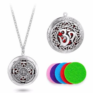 1pcs Vintage 3D Pattern Carved Sweater Essential Oil Diffuser Locket Necklace For Aromatherapy Necklace Christmas Gift