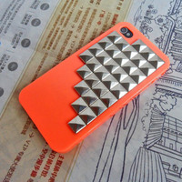 iPhone 4 4S hard Case Cover with Silver pyramid stud for iPhone 4 Case, iPhone 4S Case, iPhone 4 GS Case,iPhone case