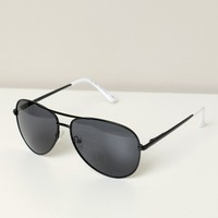 Tipped Aviator Sunglasses Black/White