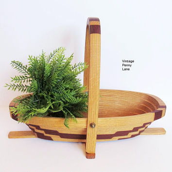 Handmade Cedar Wood Collapsible Basket, Long Oval, Fruit Basket, Vintage Wooden Basket