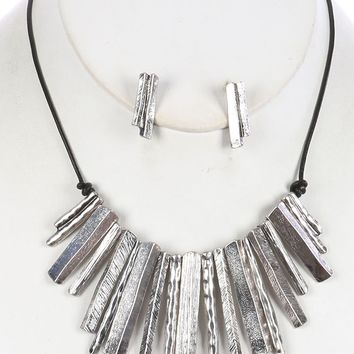 Sliver Knife Edge Metal Fringe Bib Necklace And Earring Set