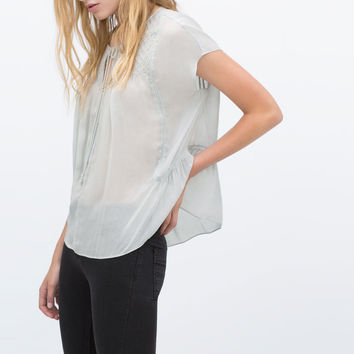 Loose-fit tunic