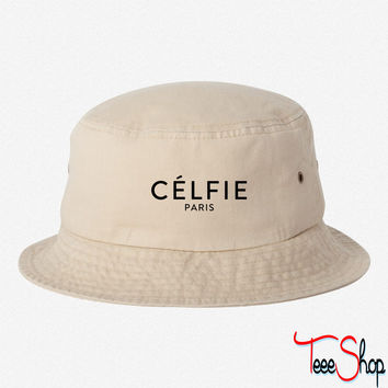 Celfie Paris bucket hat