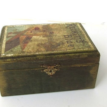 Wooden box Reckitts blue ,wood box ,small wooden box ,small wood box ,wood jewelry box ,old wooden boxes ,vintage