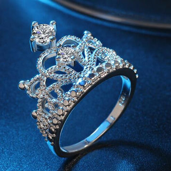 Bling bling crystal paved ring set,fashion jewelry queen and king crown ring