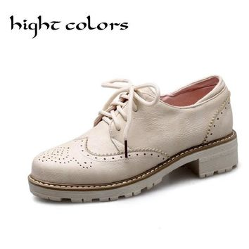 2018 New Spring Women's White Oxfords Shoes Carving British Style Casual Shoes Flat Platform Lace-up Brogue Shoes Size 33-43