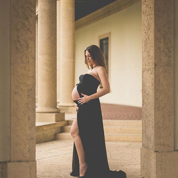 Tracie Gown / Maternity Gown/ Sweetheart style maxi gown / Maternity Gown/ Maxi Dress / Senior photo shoot / Bridesmaid dress