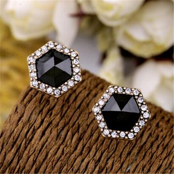 Fashion Vintage Black Acrylic Elegant Geometric Alloy Stud Earrings For Women New 2017 Jewelry